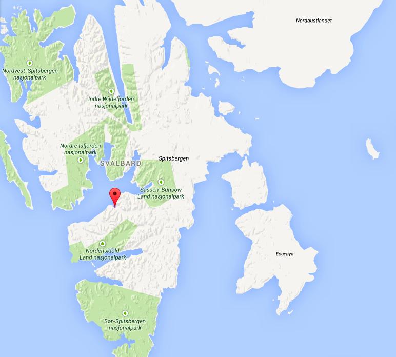 Svalbards tre største øyer: Spitsbergen med Longyearbyen (nåla), Nordaustlandet og Egdeøya. Skjermdump: Google Maps